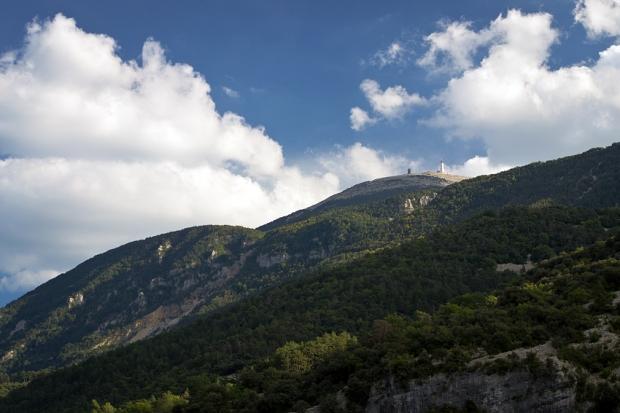 Całymi dniami towarzyszy nam widok Mount Ventoux – 1912 m n.p.m.