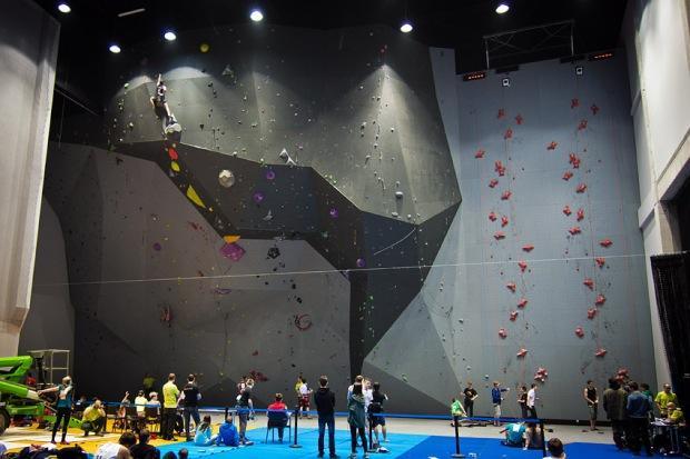 Imponująca 17,5-metrowa ściana w Toruniu