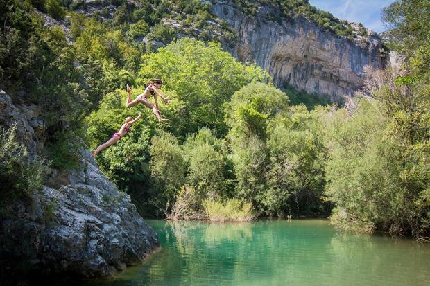 Bikini jumpers!
